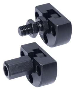 Quick-fit couplings with radial offset compensation and mounting flange